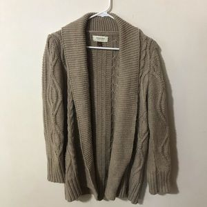 Tan Sonoma large cable knit sweater